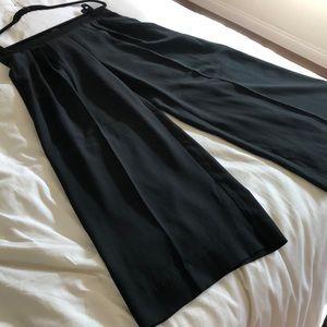 Banana Republic black wide-leg dress pants